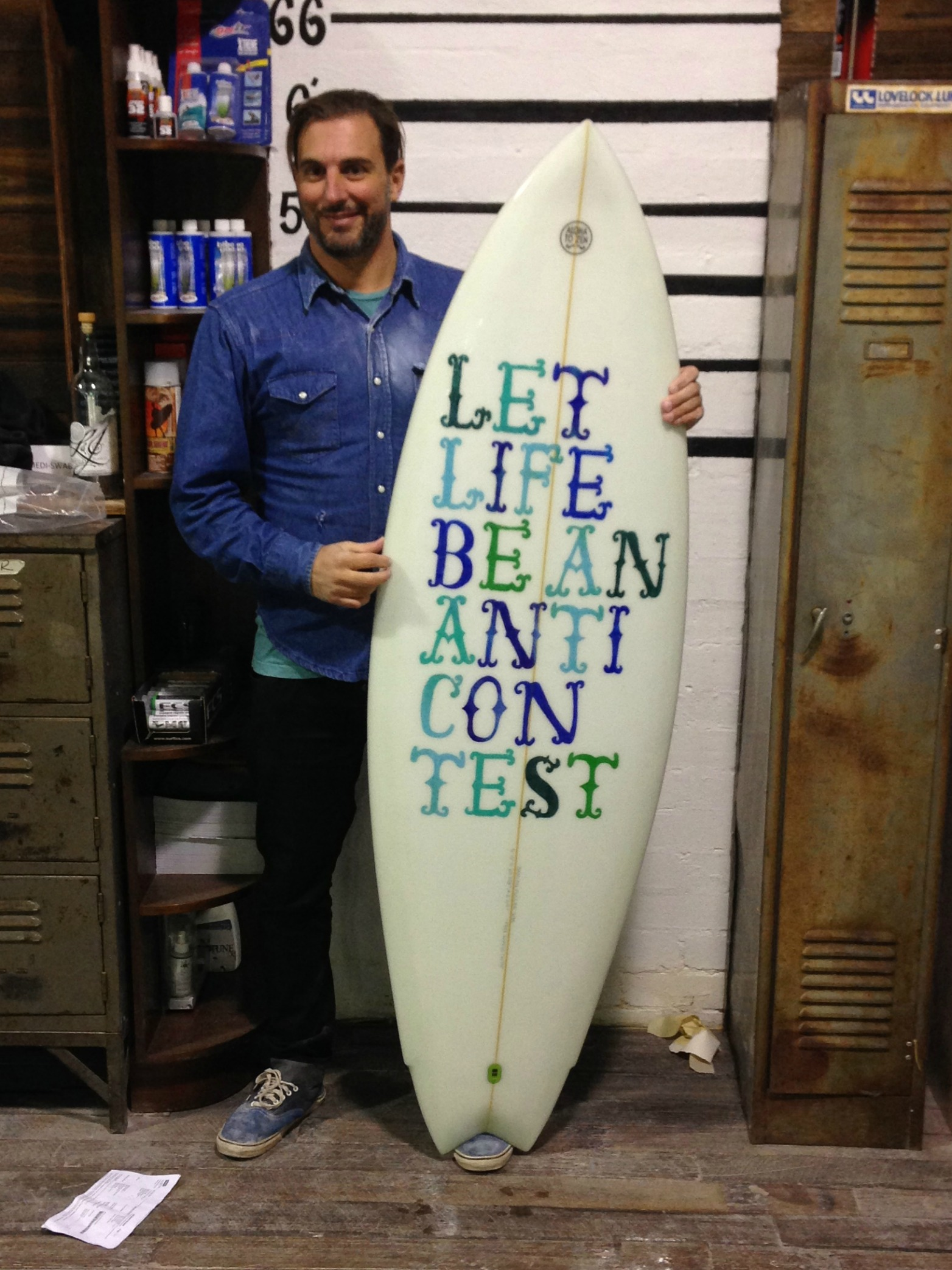 The Surfboard Studio Glassing Course 5