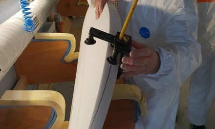 Rousa trying out the new Rail marker/cutter tool made by @vulcansurf in California