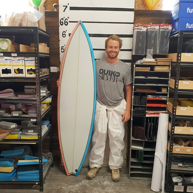 Joel whipped up this 6'6 step up  for Winki. Double half dip bottom cutlap. This board came out clean and crisp a very well done mate.