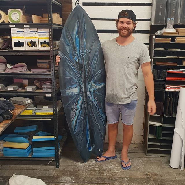 How good is Jake's  new whip. 5'10 quad fish. Light grey cut lap with an amazing swirl deck. Came out insane mate, should be able to fade my mate at ya local.